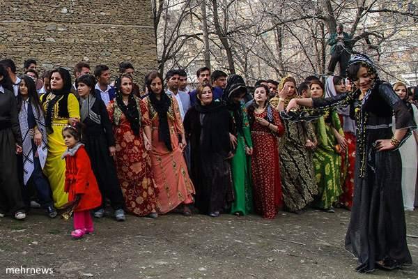 جشن نوروز در بزرگ ترین روستای استان کردستان