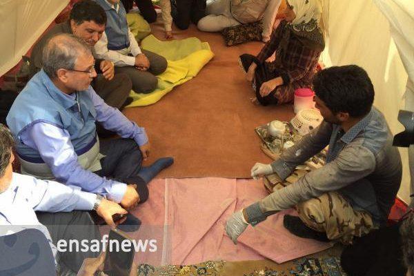 بازدید وزیر رفاه از روستای زلزله زده قصر قجر