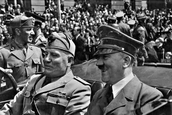 فاشیسم - هیتلر