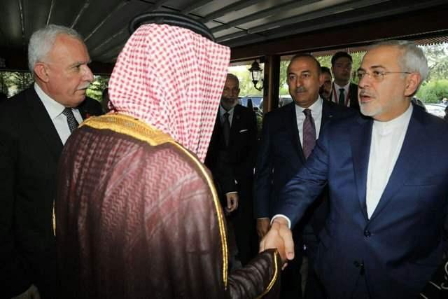 ظریف وزیر خارجه ایران و عادل الجبیر وزیر خارجه عربستان