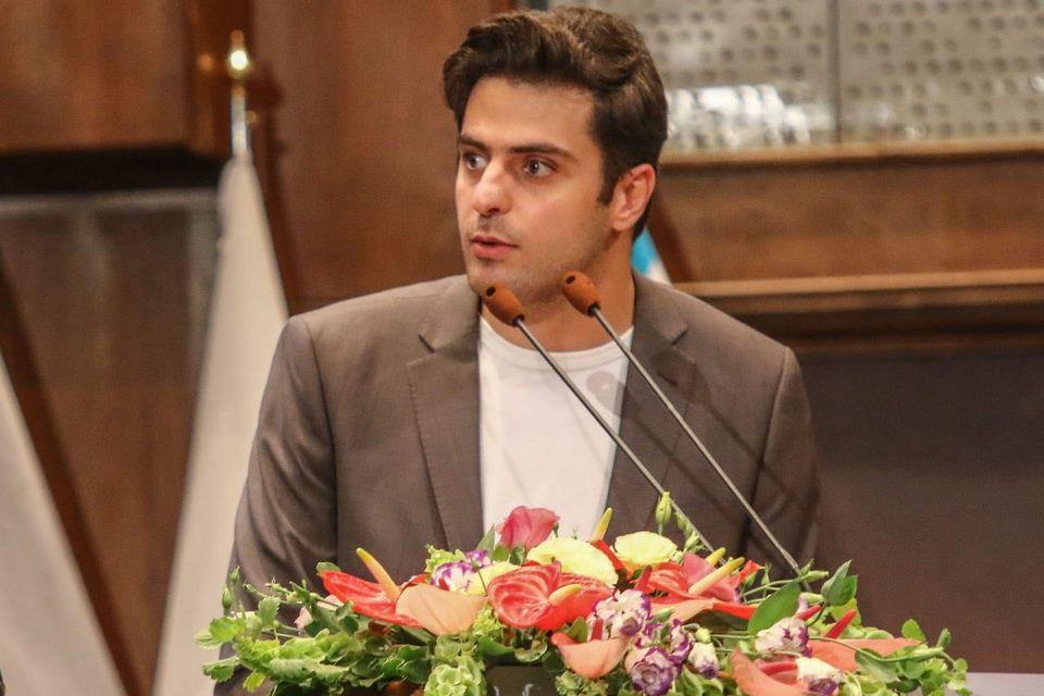 دستمزد سید علی ضیا، انصاف نیوز