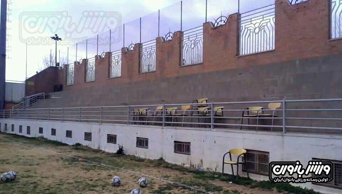 تصاویری از میزبانی عجیب در لیگ برتر فوتبال زنان
