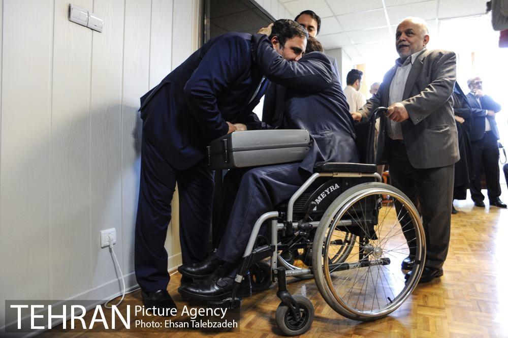 دیدار صمیمانه کارکنان شهرداری تهران با عیسی شریفی 41h