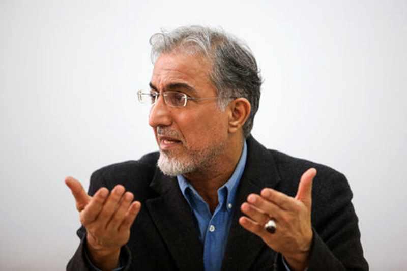راغفر: اقتصاد ایران، روی سرش ایستاده به جای پایش