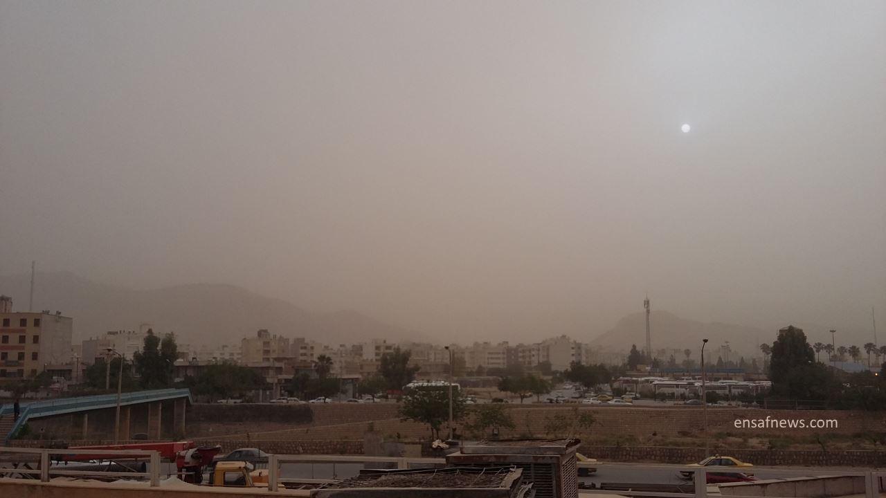 دو عکس قابل تامل از هوای شیراز