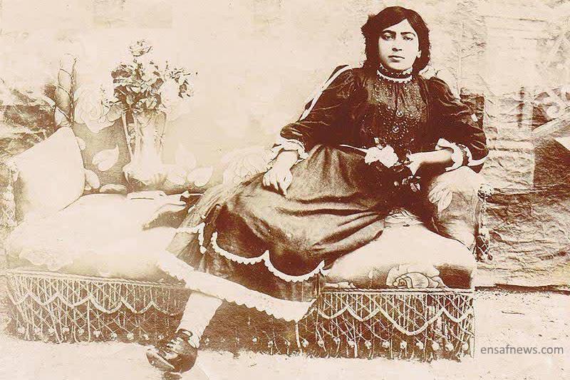 در برخی سایتهای ایرانی از این عکس به عنوان عکس طاهره استفاده شده است که موثق نیست.