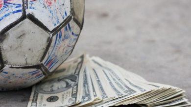 یک مدیر فوتبالی: در عقد قراردادها اتفاقهایی میافتد