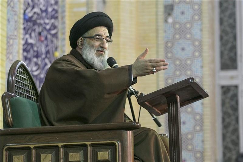 حسینی همدانی - امام جمعه کرج