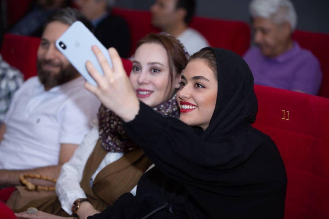 دیدار مردم با سینماگران پیشکسوت در روز ملی سینما