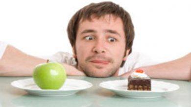 این غذاها و خوراکیها را نباید با هم خورد