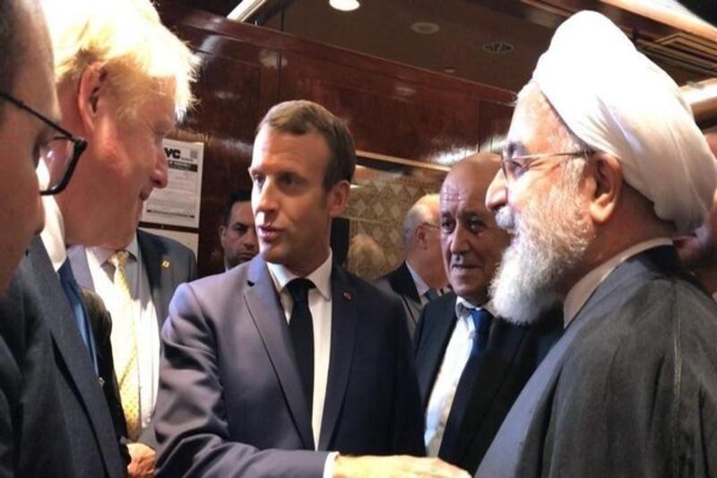 دیدارهای روحانی توهین به ملت ایران است؟!