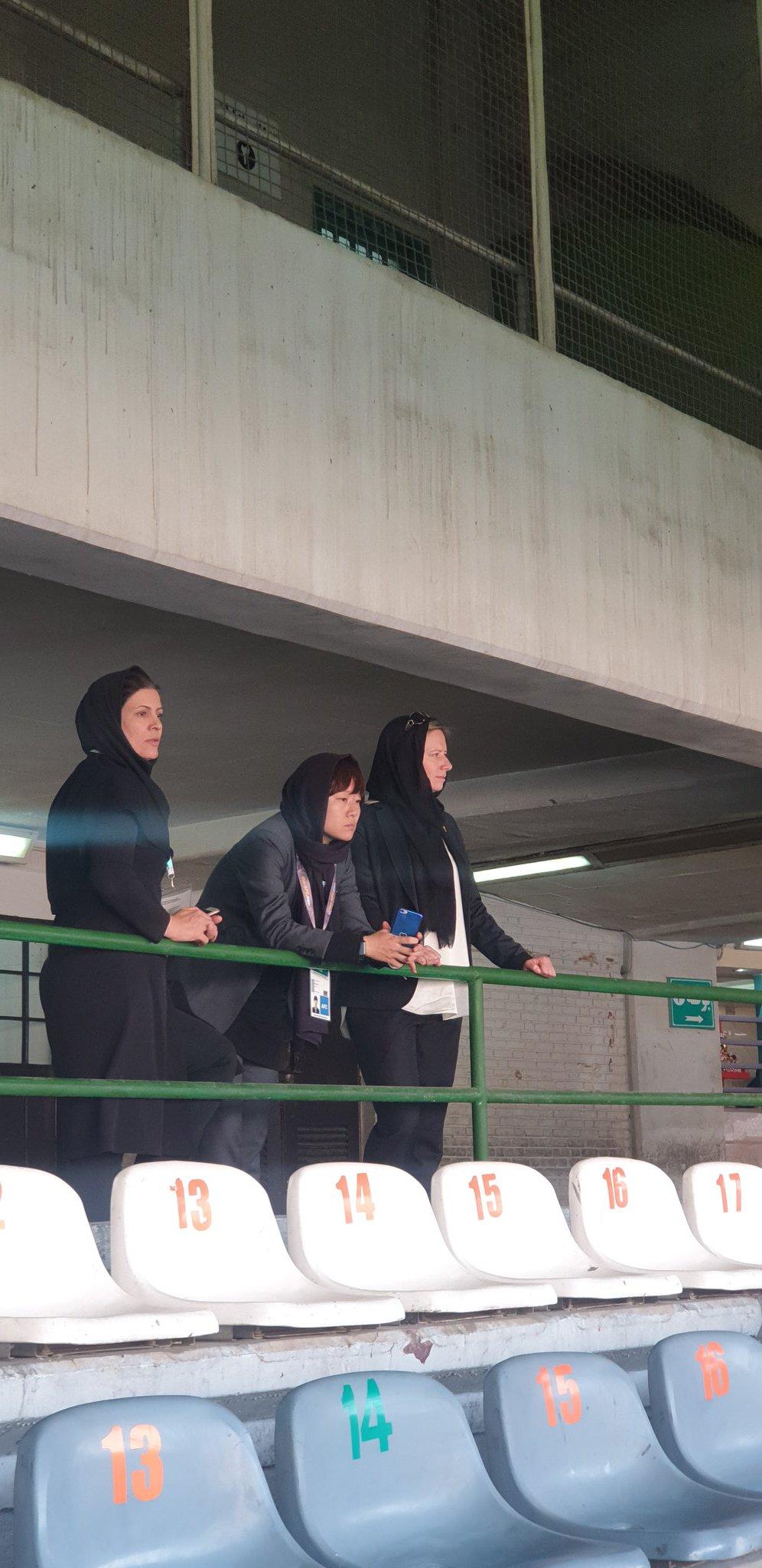 روایتی پر جزییات از حضور زنان در ورزشگاه [+تصاویر]