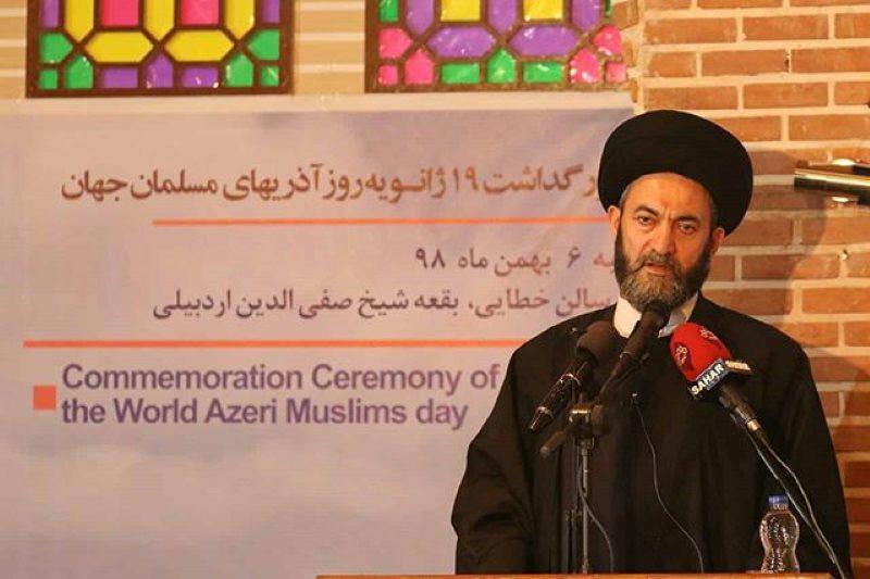 دفاع از ایدهی امام جمعه اردبیل برای زبان آذری