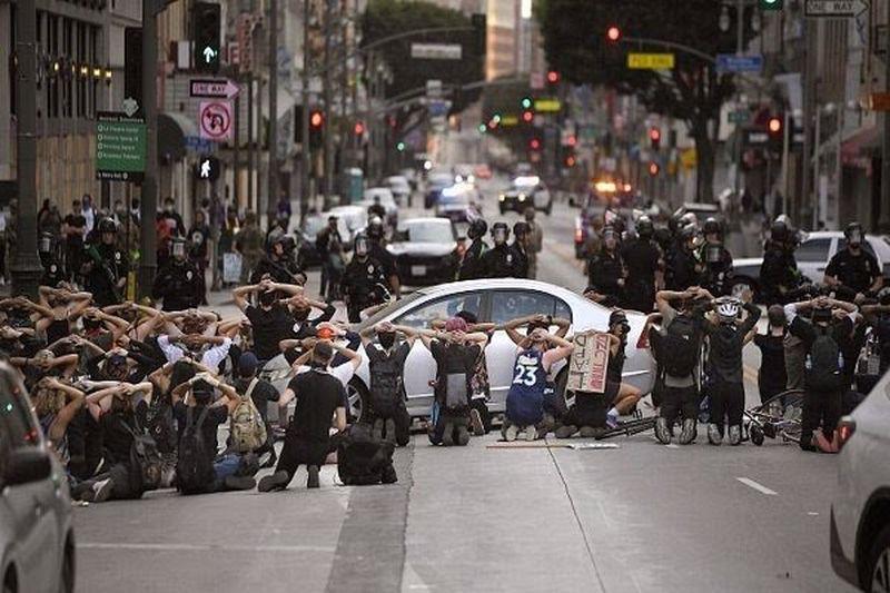 واکنش سازمان ملل به برخورد با تظاهرکنندگان و خبرنگاران در آمریکا