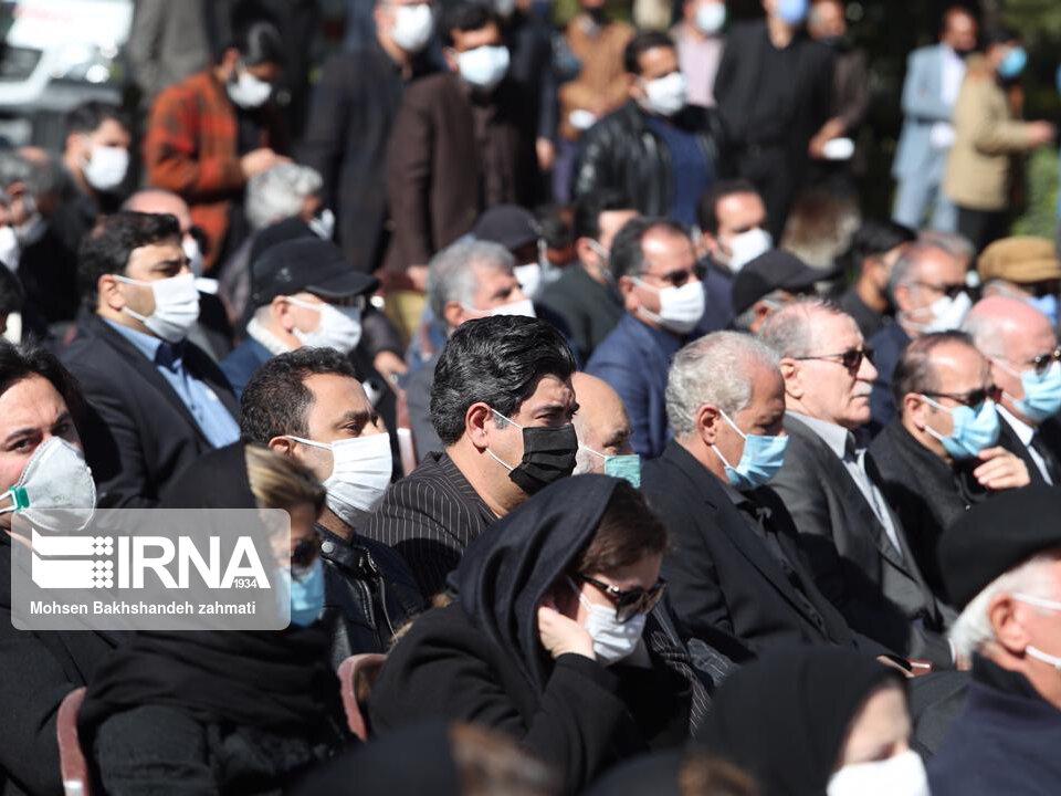 157664743 - در مراسم خاکسپاری محمدرضا شجریان چه گذشت؟ [+عکس]