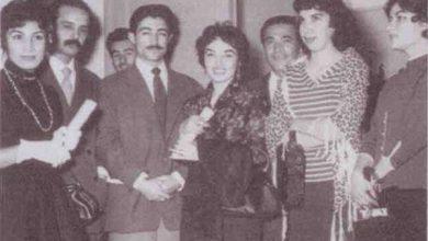 از راست: منصور نادرپور، سیمین بهبهانی، محمد قاضی، لعبت والا، نادر نادرپور، هوشنگ ابتهاج، فروع فرخزاد